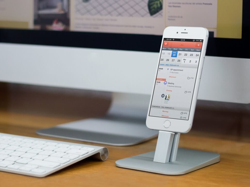 How to get pdf files on iphone