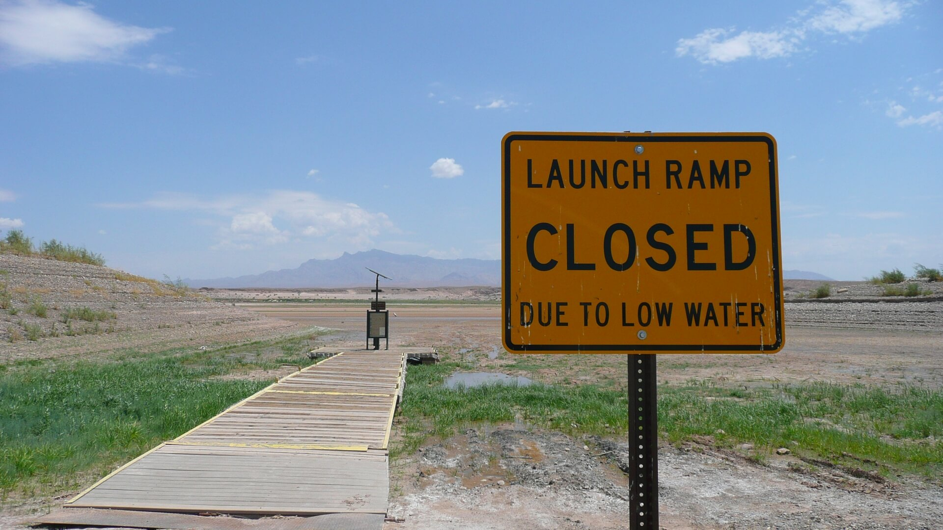 Lake Mead dried up