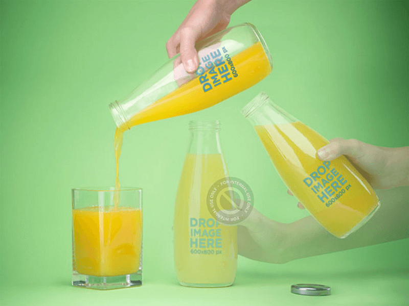Motion Photo Mockup of a Person Pouring a Glass of Juice