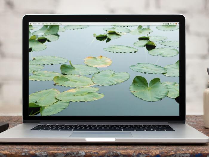 15 Inch Macbook Pro Mockup Twitter Banner Image