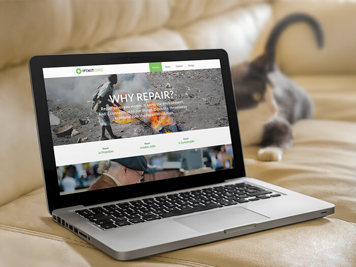 Laptop Mockups to Promote Your Website