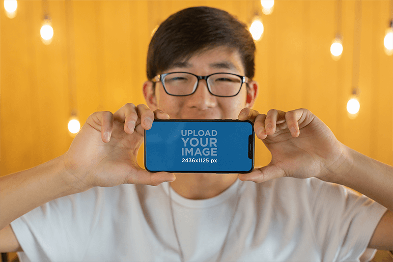 Iphone Mockup Guy