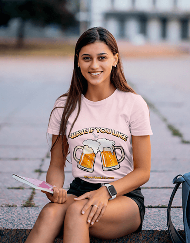 T Shirt Mockup Featuring A Smiling College Student